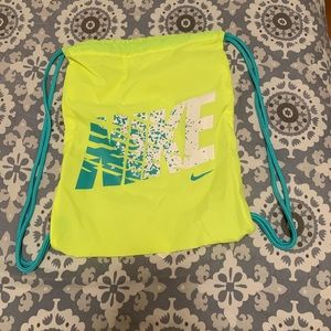New Never used. Neon NIKE Drawstring bag